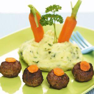 Kotletes ar kartupeļu biezeni